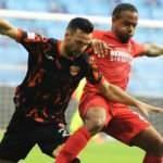 Adanaspor - Ümraniyespor maçından kazanan çıkmadı