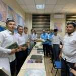 Diyanet, Özbekistan'da 30 bin Özbek Türkçesi mealli Kur'an-ı Kerim dağıttı