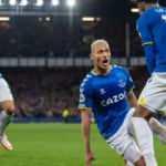 Everton, Burnley'i 3 golle geçti!