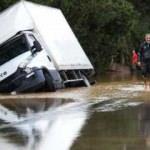 Fransa sele teslim: Turuncu alarm ilan edildi