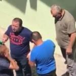 Kasadan para çalan hırsızı  dövdü parasını geri aldı