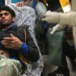 Kayalıklara sıkışan kaçak göçmen kurtarıldı