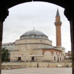 5 asırlık Osmanlı camisinin eşsiz mimarisi göz kamaştırıyor