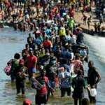 ABD-Texas sınırında yaklaşık 15 bin göçmenin kaçak yaşadığı kamp boşaltıldı