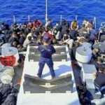 Seferihisar açıklarında 87 düzensiz göçmen yakalandı