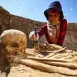 Arkeologlar Van Çavuştepe Kalesi'nde Urartular'a ait 2 mezar buldu