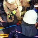 Esenyurt'ta TIR, otomobille çarpıştı! Sürücü araçta sıkıştı