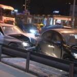 Kağıthane'de meydana gelen trafik kazasında 2 kişi yaralandı