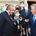Şentop, Türkistan'da Hoca Ahmet Yesevi Türbesi'ni ziyaret etti