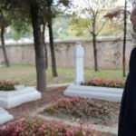 Cumhurbaşkanı Erdoğan'dan Eyüpsultan'da kabir ziyareti
