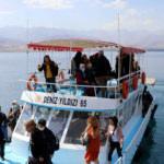İranlılar Akdamar Adası'nı çok beğendi
