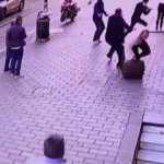 Laleli'de sokak ortasında 3 milyon dolarlık gasp girişimi!