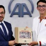 Olimpiyat şampiyonu Mete Gazoz, AA Genel Müdürü Karagöz'ü ziyaret etti