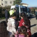 Servis minibüsü, kamyonetle çarpıştı: 11 öğrenci yaralı