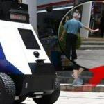Uygunsuz davrananları uyaracak! Singapur'da devriye robotları işbaşı yaptı