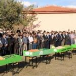 5 çocuğun cenazesi, eski köy okulunun bahçesinden kaldırıldı