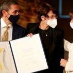 Yunanistan'dan Özlem Türeci ve Uğur Şahin'e ödül