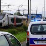 Fransa'da trenin çarptığı 3 kişi öldü