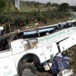 Kolobiya'da otobüs uçuruma yuvarlandı: 6 ölü, 24 yaralı