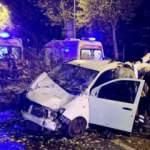 Maltepe'de kaza! Araçta bulunan 4 kişi sıkıştı