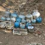 Muş'ta terör örgütü PKK'ya ait malzemeler ele geçirildi