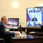 """Öksürdüğü fark edilen Putin: """"Her şey yolunda"""""""