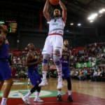 Pınar Karşıyaka, Stal'ı mağlup etti