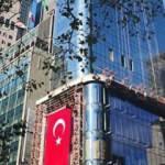 1,5 dakikada New York'taki Türkevi'nin inşaatı
