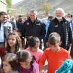 AFAD Başkanı Sezer'den Van'da sel bölgesinde inceleme
