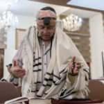 İran'a yerleşmek için İsrail'den kaçan Yahudiler operasyonla engellendi