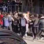 Öğrencilerin kemerli kavgası kameralara yansıdı