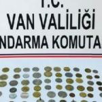 Van'da 76 bronz sikke ele geçirildi