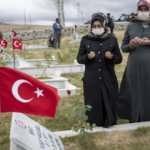 Eli kanlı PKK'nın katlettiği 33 Yavi şehidi, katliamın 28. yılında anıldı