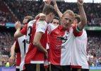 Feyenoord ikinci yarı açıldı!
