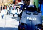 Gülsuyu'nda polislere saldırı: 1 şehit