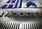 Moody's yüzlerce bankayı takibe aldı