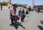 Taksim'de pankart gerginliği: 5 gözaltı