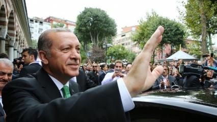 Erdoğan, o ismi evinde ziyaret etti!