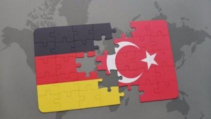 """Türkiye'den Almanya'ya """"Adil Öksüz"""" notası!"""