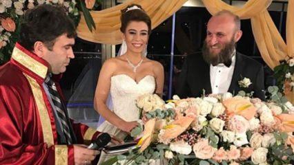 'Oflu hoca' Çetin Altay dünya evine girdi