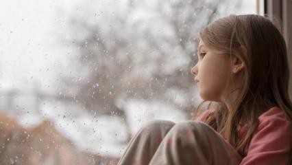 Evde tek kalmaktan korkan çocuklara ne yapılmalı?