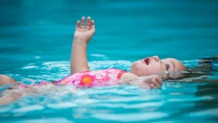 Bebekler havuza ya da denize girebilir mi?