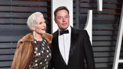 Elon Musk'in annesi 70 yaşında podyuma çıktı