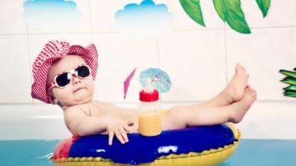 Tatile giderken bebek valizine ne konur? Bebekler için tatil ihtiyaç listesi