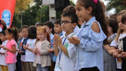 Çocuklar okula 500 yıllık Osmanlı geleneği ile başladı
