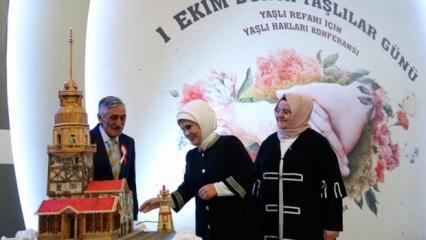 Emine Erdoğan'dan 3 çocuk vurgusu!