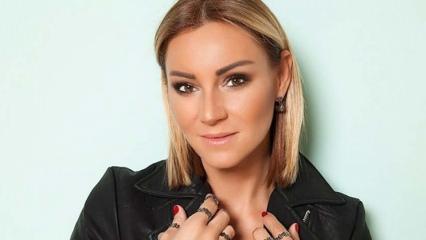 Pınar Altuğ: Ne münasebet!