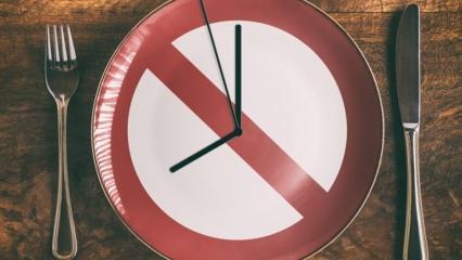 8 saat aç kalarak kilo verilir mi? 3 haftada 15 kilo verdiren kalıcı diyet