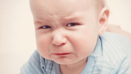 Bebekler yemek yedikten sonra neden kusar?