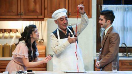 Şener Şen 14 yıl sonra tiyatro sahnesine geri döndü